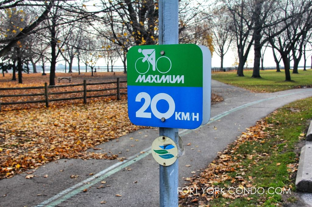 Waterfront Trail Sign for bicyclists