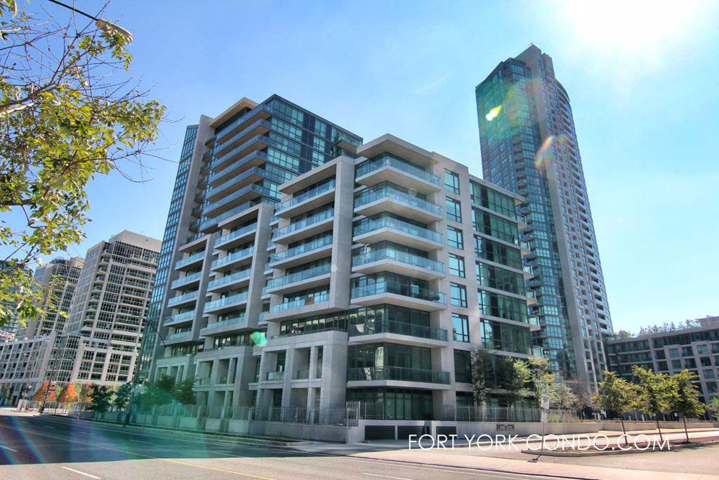 209 Fort York Blvd - Neptune 2 condo is a 16 storey building