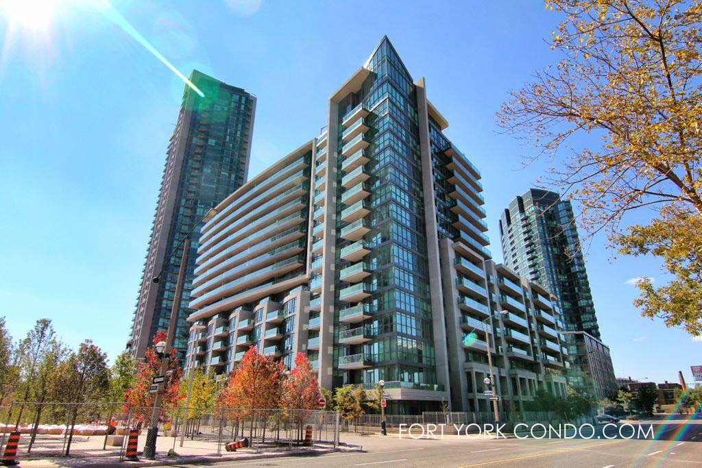 Neptune 2 condo at 209 fort york blvd