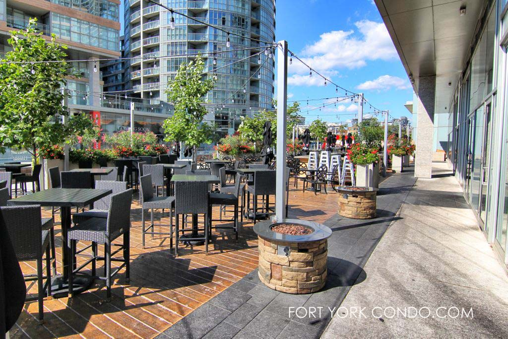 Hunter's Landing patio on fort york blvd
